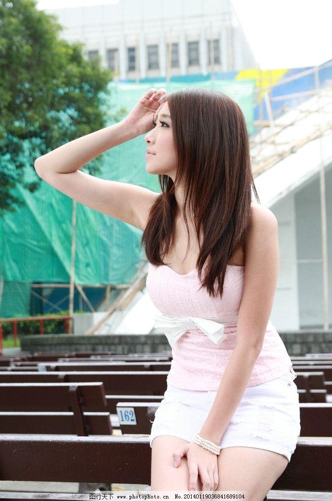气质美女 气质美女图片素材下载 可爱美女 长发美女 青春靓丽 天生