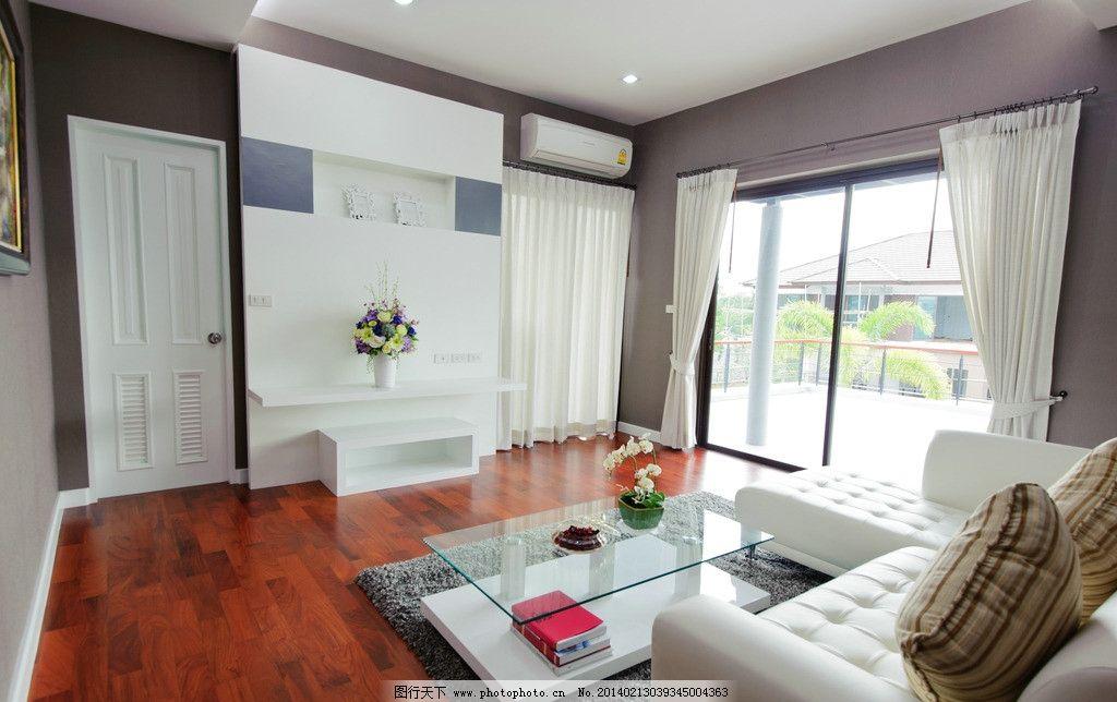 客厅 室内 木地板 装修 装饰 装潢 家具 家居 沙发 茶几 装饰品