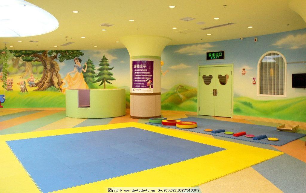 幼儿园舞蹈教室门上布置图片