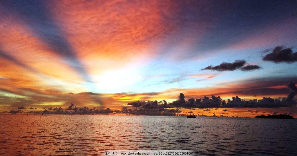 海上夕阳 夕阳 日落 晚霞 海水 天空 自然风景 旅游摄影 摄影 72dpi j