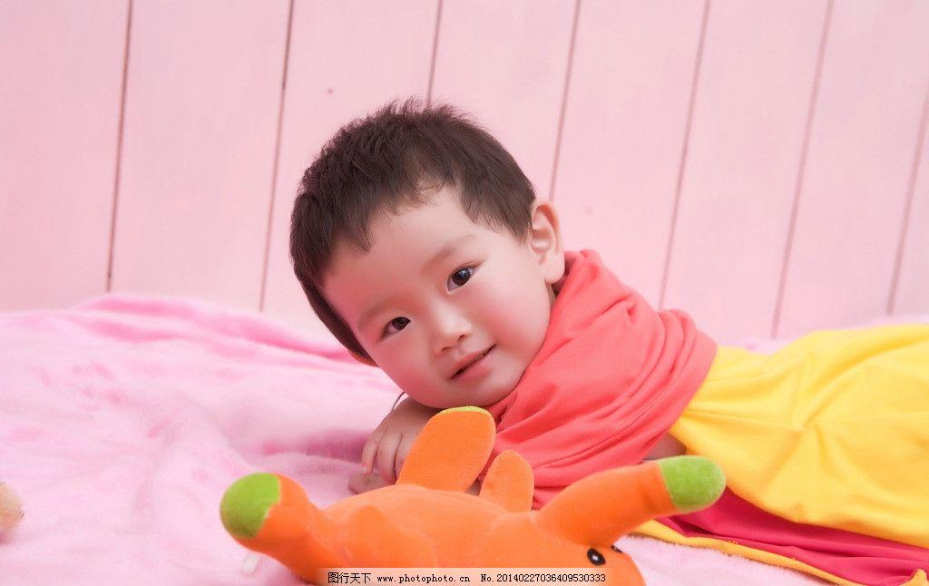 裙子 粉色 可爱 宝宝 儿童 写真 躺 小象 儿童幼儿 人物图库 摄影 240