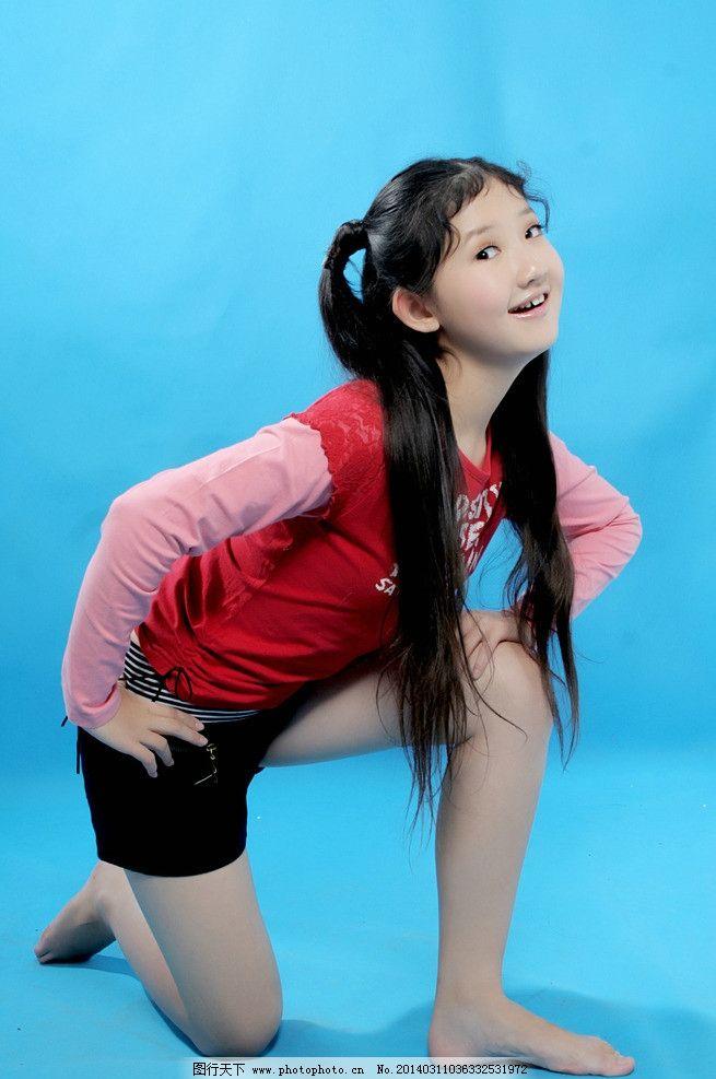 方圆 童星 内地明星 小歌手 演员 明星偶像 人物图库 摄影 72dpi jpg